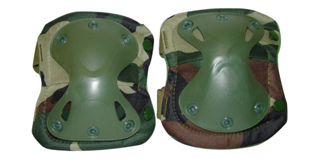 Knee Pads (Woodland Camo) - NEW