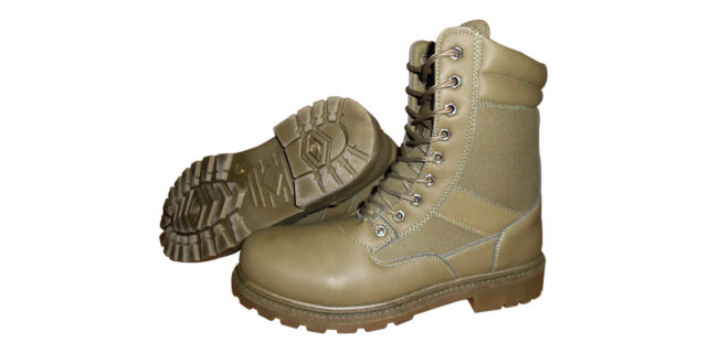 Unisex Olive Green Boots - NEW