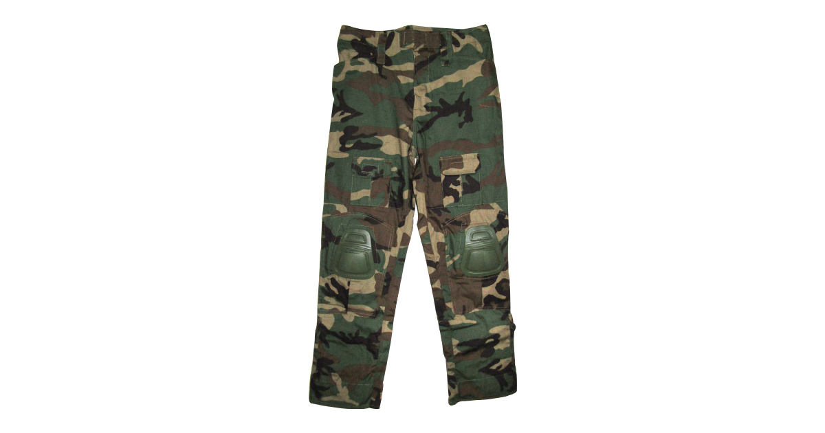 "Woodland Camo ""Frog Trousers"" including Knee Pads - NEW"